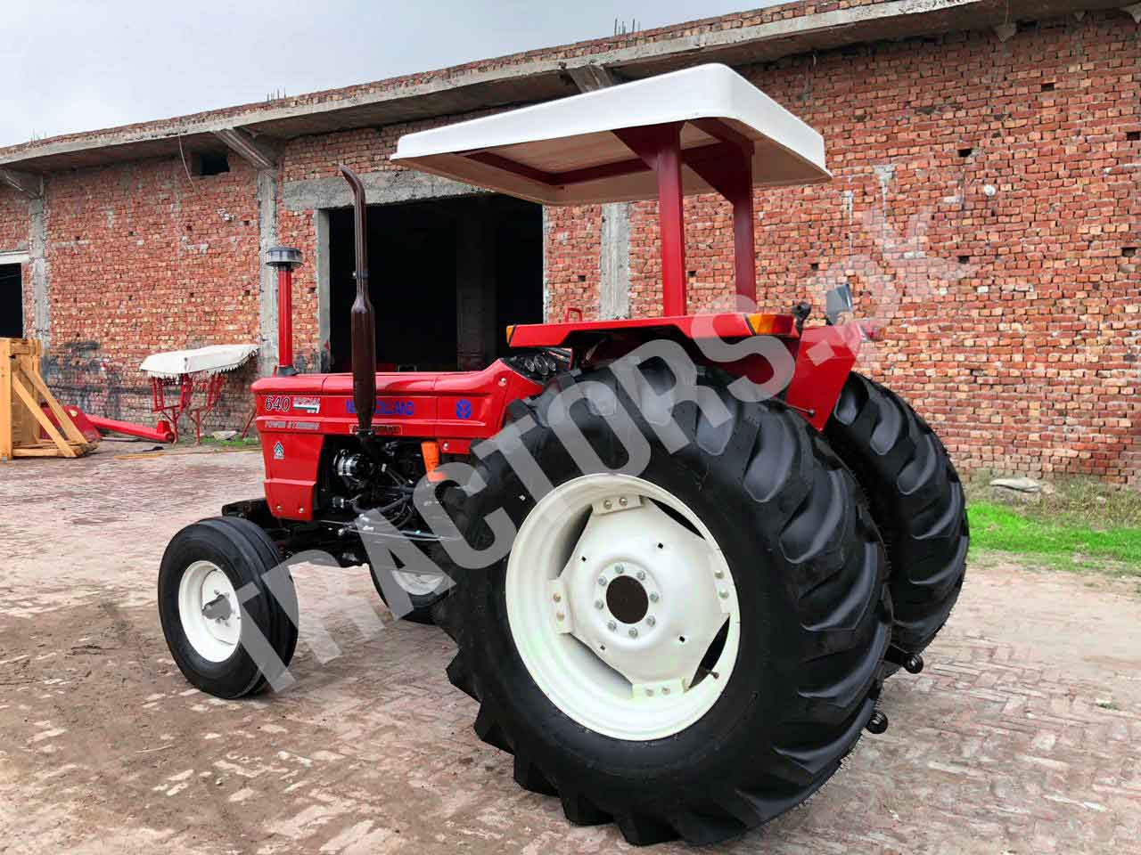 New Holland 640S 85hp Tractors for sale in Cameroon